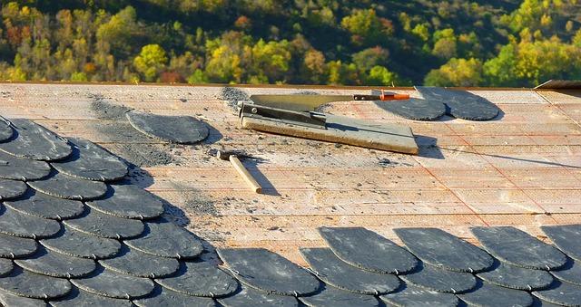 Comment rénover une toiture : phases et procédures